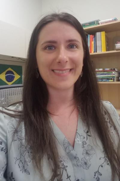 Ana Hoeinghaus